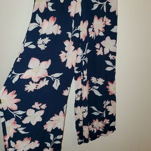 Billabong wide legs leisure pants